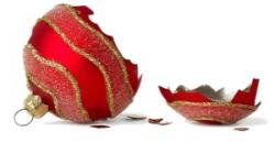 HolidayGrief-broken-ornament (002)