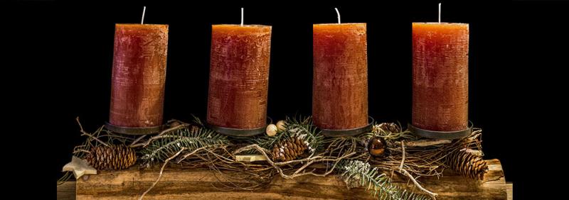 Unlit candles advent